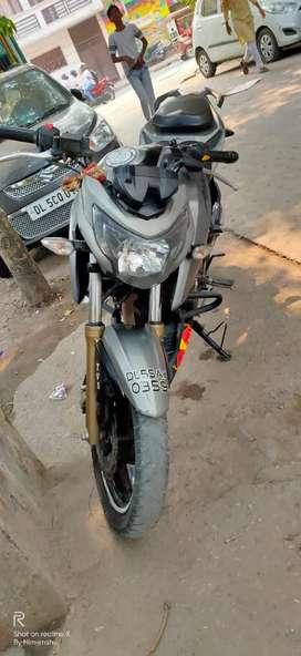 Apache RTR 200 4V