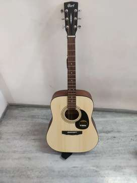 GUITAR CORT AD810  WITH DADDRIO STRINGS