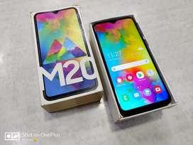 Samsung M20 4/64GB •••