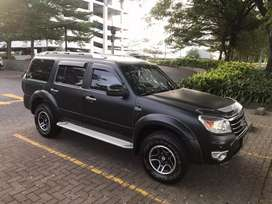 FORD EVEREST XLT 4X2 M/T Thn 2011