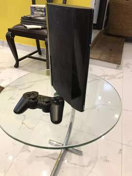 PS3 playstation 3 super slim in mint condition