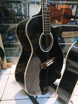 Gitar akustik elektring lekwud tandatangan