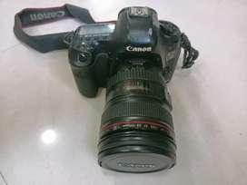 Canon 5d mark III + lence 24-105