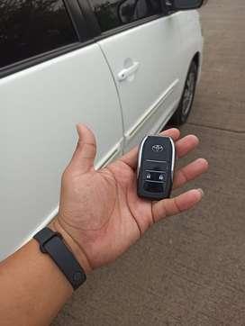 Toyota Kijang Innova 2015 Bensin