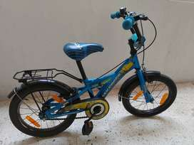 Kids bicycle in excellent condition