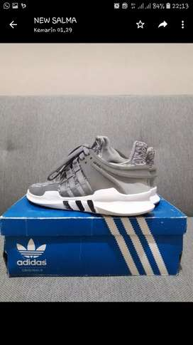 adidas eqt, size 36,5 buka harga 600k nego ori 100%, fake? money back