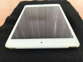 Ipad mini 4 64 gb gold wifi+cell Lengkap @Jaksel