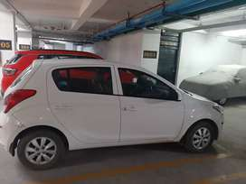 Going Abroad ...Need to sell my i20
