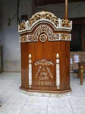 mimbar masjid mushola mulus