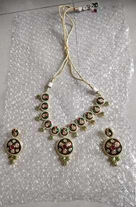 Necklace kundan jewellery with eartops