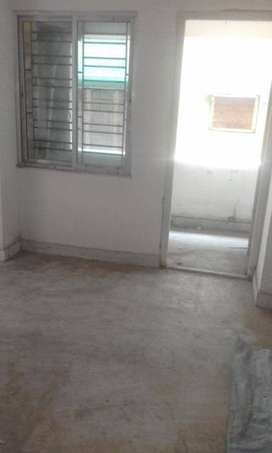 Urgent rent 2 bhk flat in prime location of keshtopur