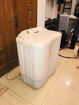 Washing machine for sale with spinner