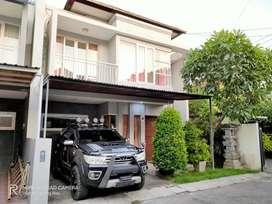 Rumah Elit Disewakan Bs Bulanan Furnish Tengah Kota dekat Renon Gatsu