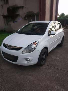 Hyundai i20 automatic,with very nice condition,