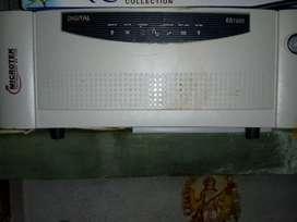 NEW  Microtek digital 24 volt inverter