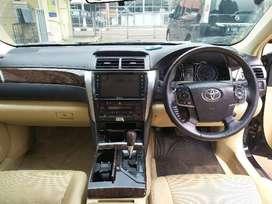 Toyota Camry V AT 2015 (mobil lelang)