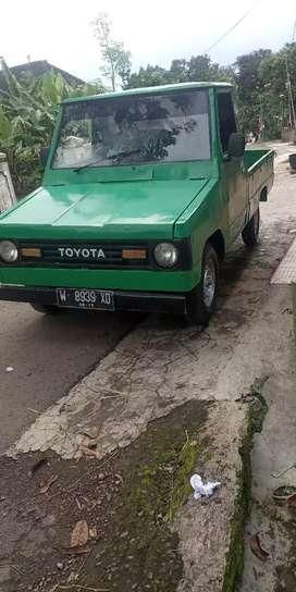 Toyota kijang pick up th 83 plat w sda