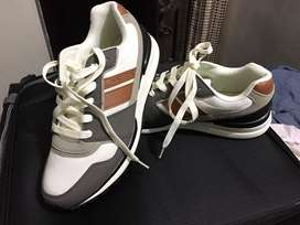 Brand new nautica shoes from USA best price at 5000