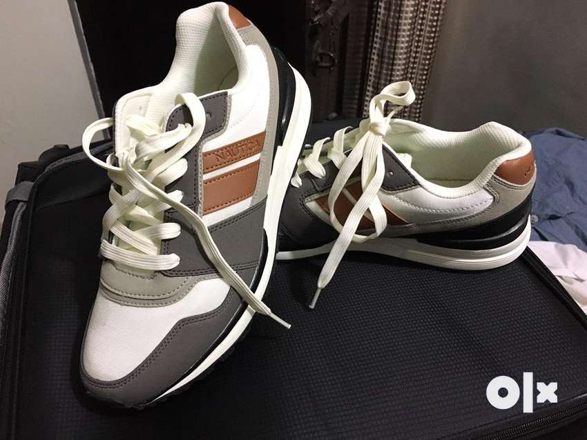 Brand new nautica shoes from USA best price at 5000 0