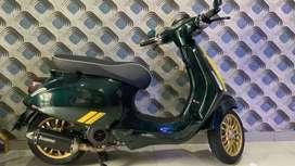 Vespa Racing Sixties Green 2020 Special Edition