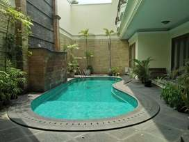 LUXURY HOUSE FOR RENT AT MENTENG, JAKARTA PUSAT
