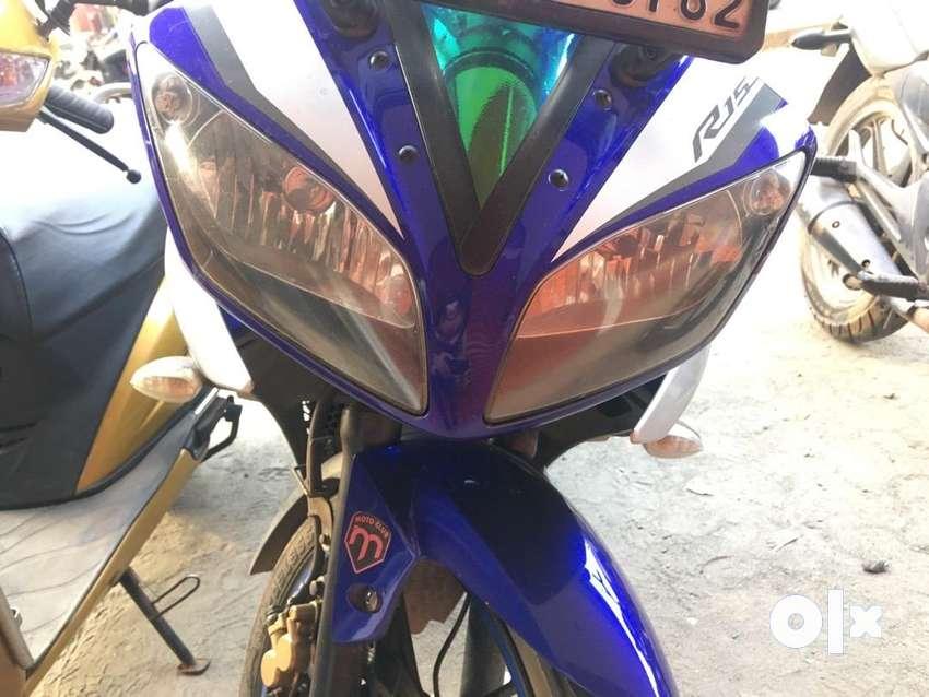 Yamaha R15 v2 2016. Price negotiable. Urgent sale 0