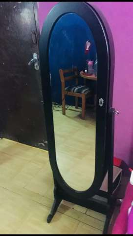 beautiful drasing miror 15 thousand