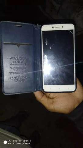 Redmi 4 ,2gb ram,16gb internal.. small Screen creak, With Flip cover