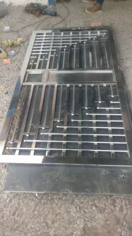 Steel gate grill raling lessar cutting gate fayber