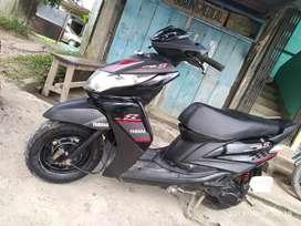 Yamaha ray for sell