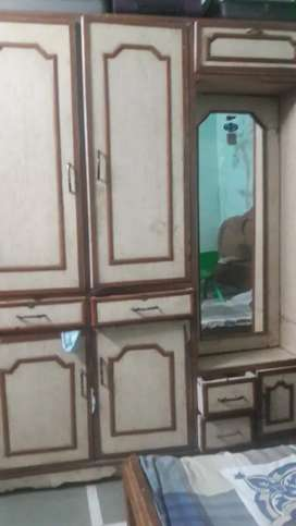 Spacious wardrobe and dressing table