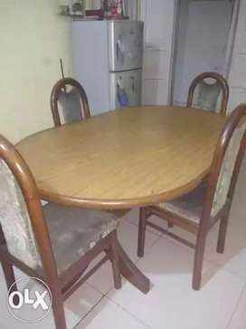Well built solid wood dining table 4 chair set