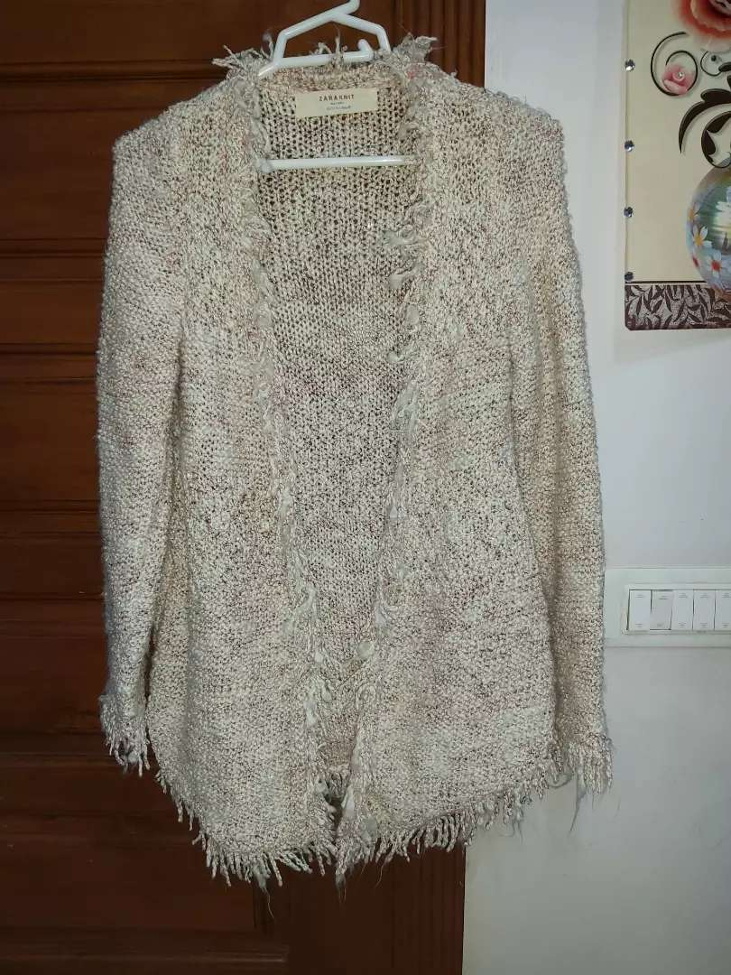 Off white sweater made in Turkey 0
