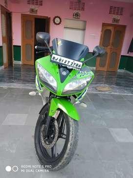A one kandeshan Yamaha r15