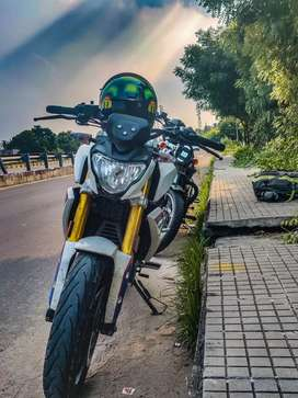 BMW g310r new brand motorcycle, urgent sell! Interested  (dm)