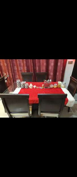 6 chair dining vip condition
