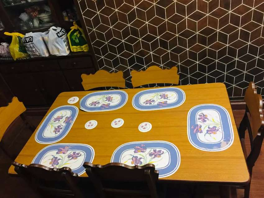 Dining Table 6 seater 0