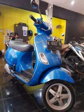 Vespa Lx 150 3V-ie 2013 Mulus Odo rendah Mustika Motor Sukun DONNY