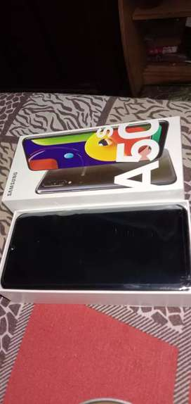 1week old phoneee  phone is sealed pack not use even a single time