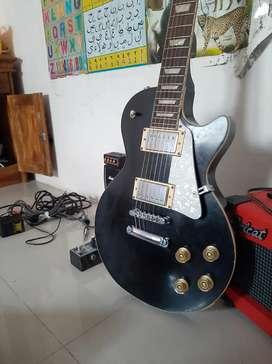 Gitar ampli dan efek ...Lama tidak terpakai. Fungsi masih normal