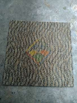 KARPET TILE Interface 46cmx46cm (SECOND BERKUALITAS)