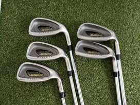 Spalding Executive EZX Oversize Set (5,6,7,4,3,PW) golf sticks