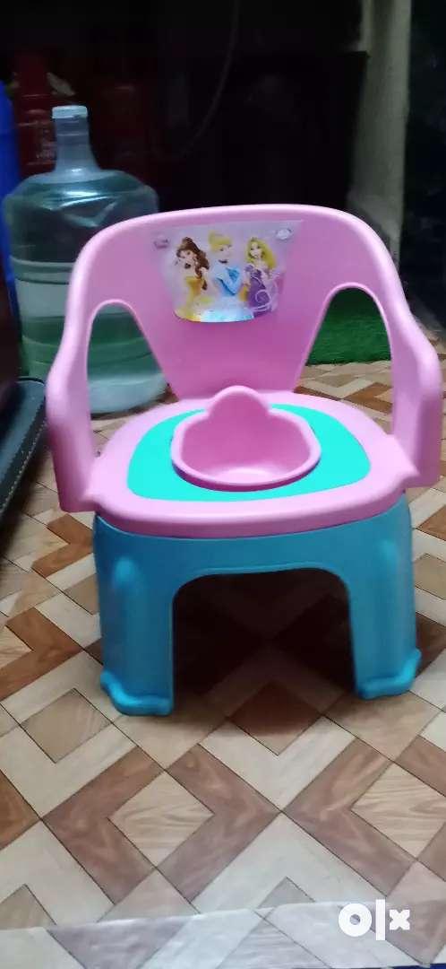 Poty cum chair