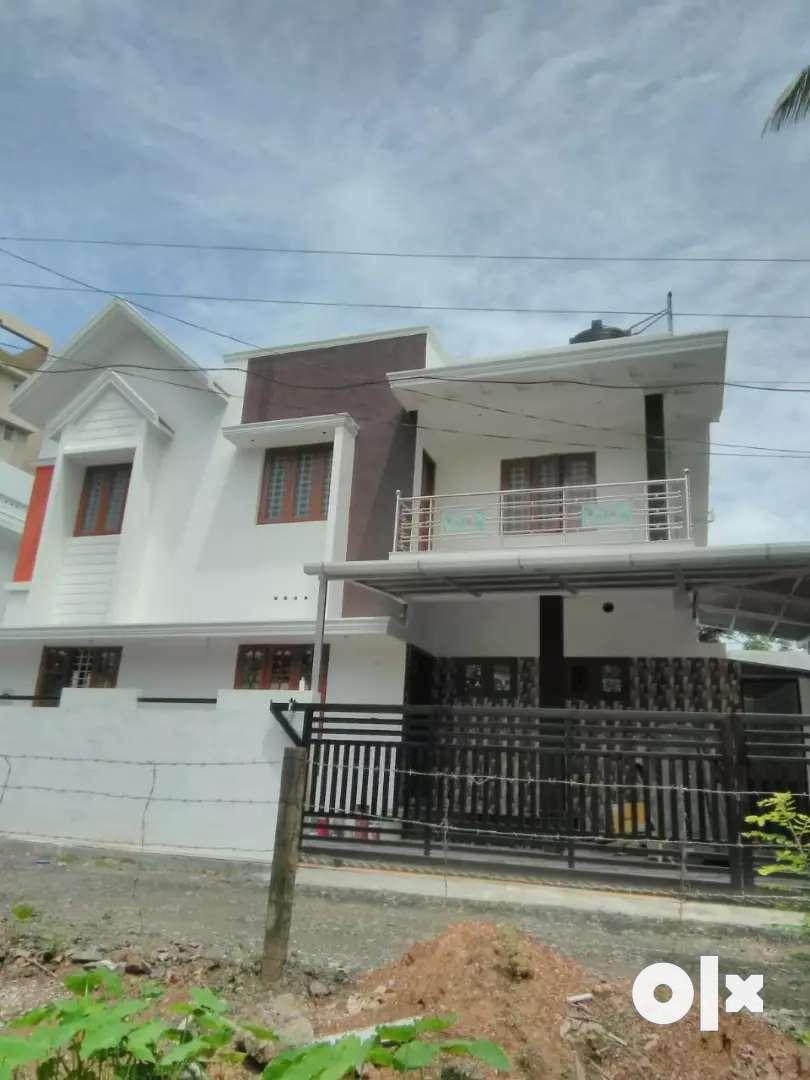 3 bhk 1500 sqft 3.25 cent new build house at kakkanad kangarapady 0