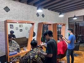 Lokker Hairstylist
