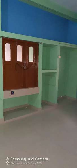 2 bhk flat for rent in keshtopur hanapara near main road