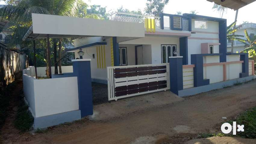 10 cent Single Storey House Fully Furnished in Contemprary Style. 0