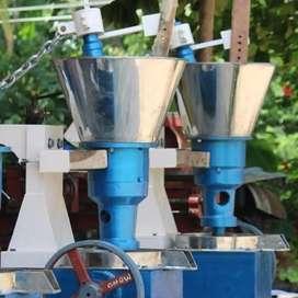 Ground nut oil maker machine
