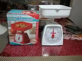 Timbangan dapur praktis KenMaster kapasitas 3 kg