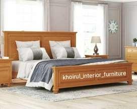 Tempat tidur bahan ful kayu jati.